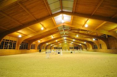 Laminated Arch Beam Horse Barn Construction