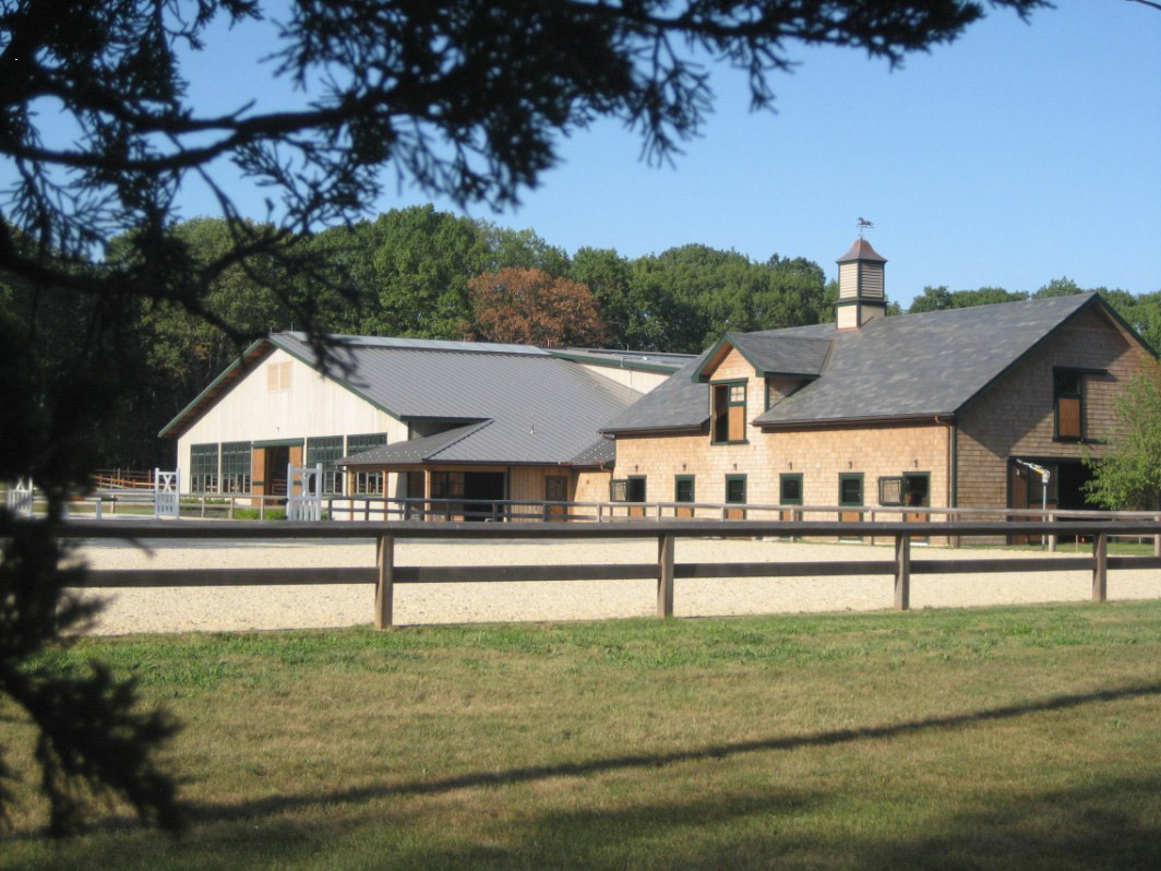 Equestrian construction projects and horse barn gallery for Horse barn builder